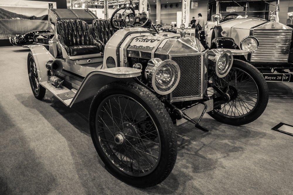 garage-door-history